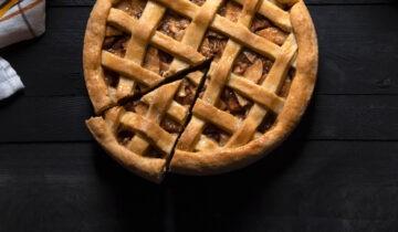 Apple Pie with Medjool Dates